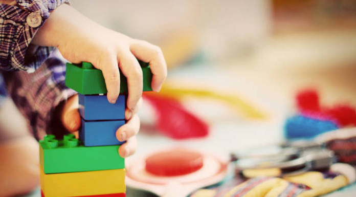 Zabawki edukacyjne dla dzieci - czy warto?