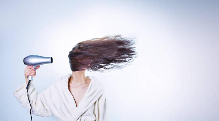 Modne fryzury damskie